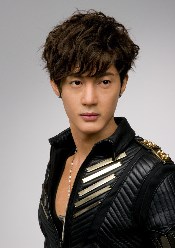 _dsc4022_kim_hyun_joong_mtbus_2012